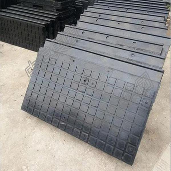橡胶嵌丝道口板技术参数 供应嵌丝道口板