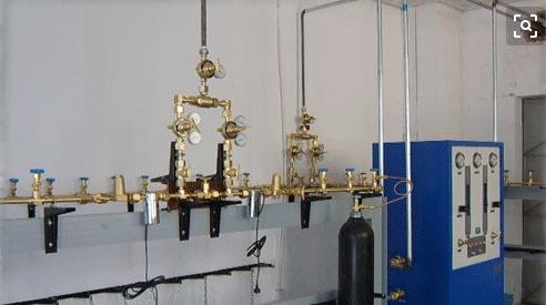 半自动切换气体汇流排