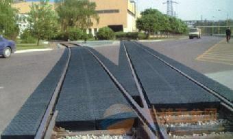 山东铁路橡胶步行板