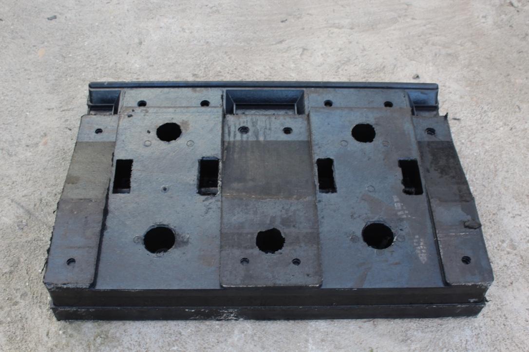 供应1.63米铁路道口板