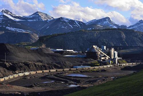 """日产商品煤最高可达26万吨:山东能源集团内产外调解""""煤""""急"""