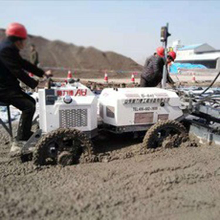 水泥路面自动平整机 路面混凝土摊铺机 小型路面平整机