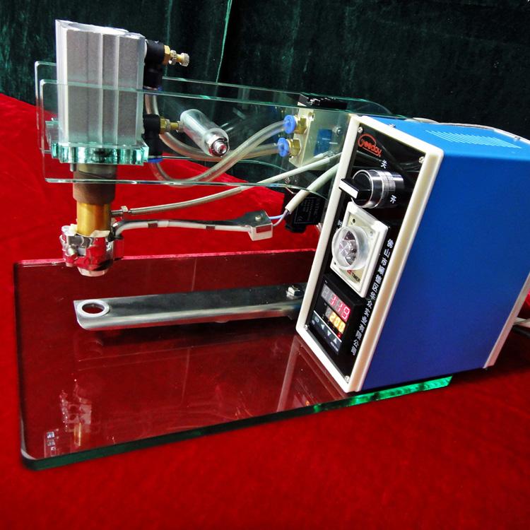 小型食品气阀压阀机优质袋装食品包装机