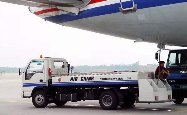 飞机清水车,飞机清水车厂家,飞机清水车用途