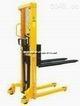 液压堆高叉车生产商 供应液压堆高叉车