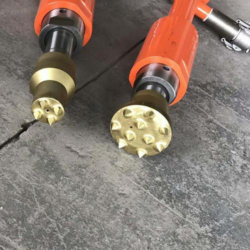 悬挂式混凝土单头凿毛机作用机理