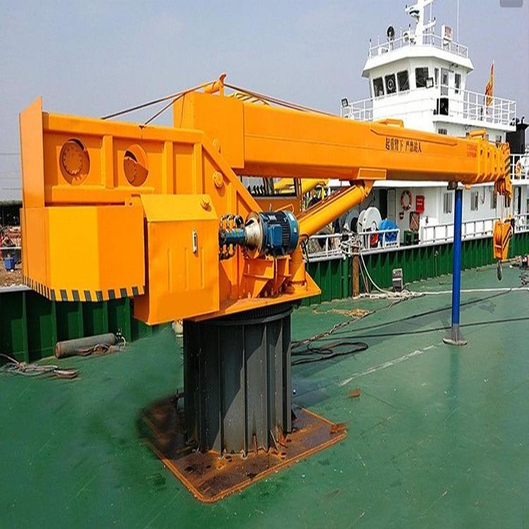 船用起重机,船用起重机特点,船吊