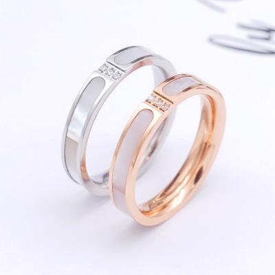 新款时尚简约三钻彩色贝壳镶钻戒指 钛钢镀玫瑰金情侣食戒指批发