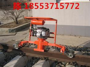 内燃仿形钢轨打磨机