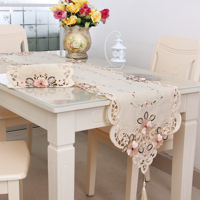 新款欧式古典绣花桌旗 家用家居布艺餐垫 长方形餐桌巾定制批发