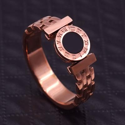 2019年新款时尚镂空罗马数字戒指 黑面圆牌钛钢戒指女玫瑰金饰品