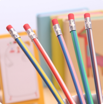 厂家热销 韩国文具 彩色条纹软铅笔 可爱弯曲笔 创意玩具笔小礼品
