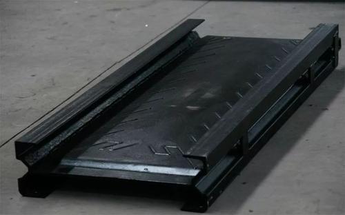 刮板输送机耐磨中部槽