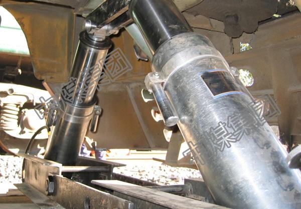 H-100型液压复轨器