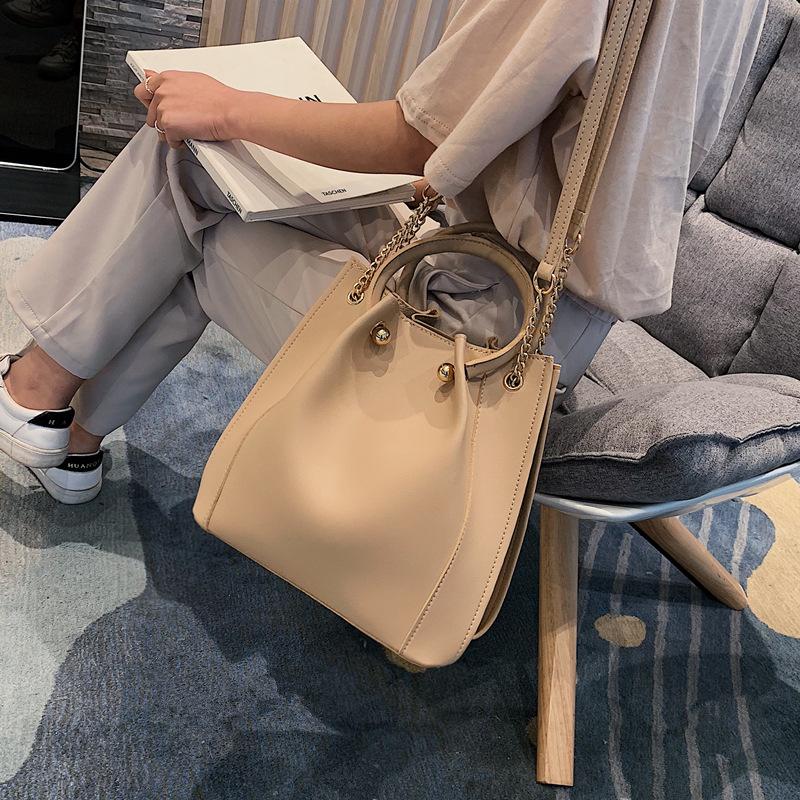 女包潮韩版简约水桶包 高级感手提单肩包百搭链条大包包